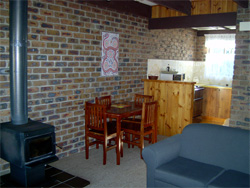 Warrawee Holiday Units - Tourism Cairns