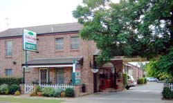 Cedar Lodge Motel - Tourism Cairns