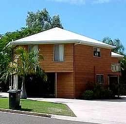 Boyne Island Motel and Villas - Tourism Cairns