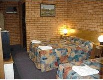 Royal Palms Motor Inn - Tourism Cairns