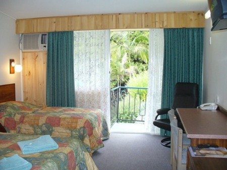 Coachman Motel - Tourism Cairns