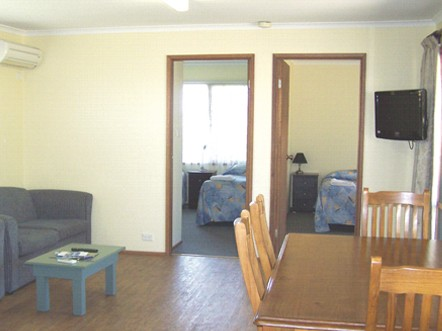 Allestree Holiday Units - Tourism Cairns