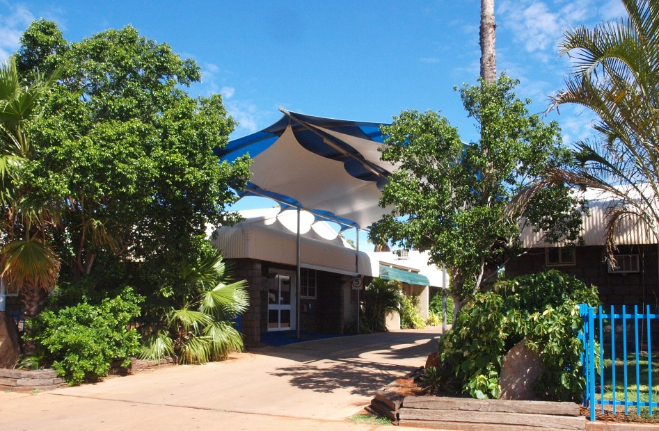 Bluestone Motor Inn - Tourism Cairns