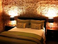 Lookout Cave Motel - Tourism Cairns