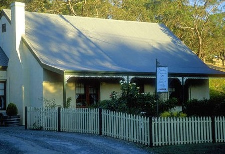 Country Pleasures Bed and Breakfast - Tourism Cairns