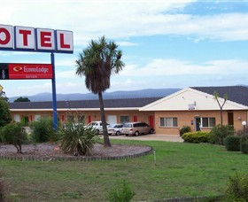 Econo Lodge Bayview Motel - Tourism Cairns