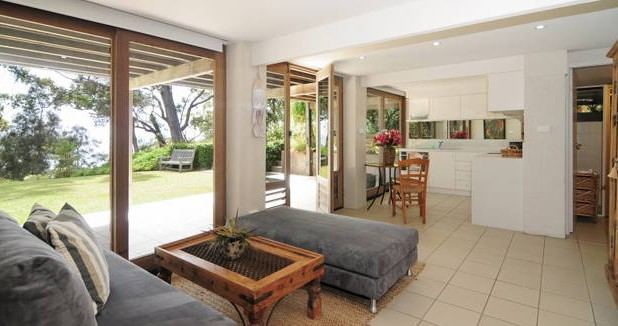 Bungalows on the Beach - Tourism Cairns