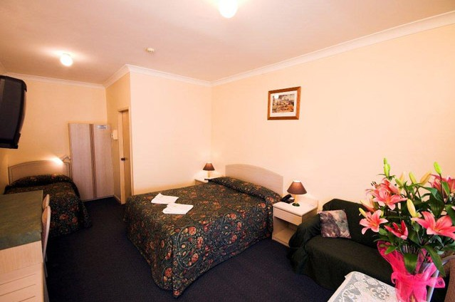 Midlands Motel - Tourism Cairns