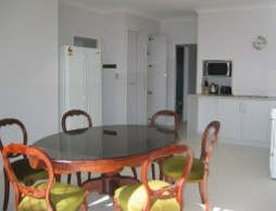 Olas Holiday House - Tourism Cairns