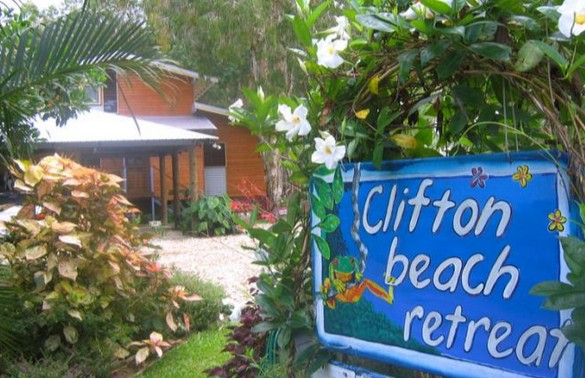 Clifton Beach Retreat - Tourism Cairns