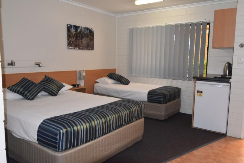 Billabong Motor Inn - Tourism Cairns