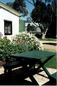 Dunalan Host Farm Cottage - Tourism Cairns