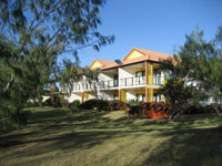 Coral Cove Resort  Golf Club - Tourism Cairns