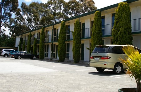 Mulgrave Court Motor Inn - Tourism Cairns