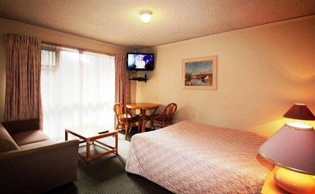 Beaumaris Bay Motel - Tourism Cairns