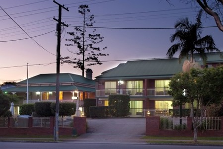 Aabon Holiday Apartments  Motel - Tourism Cairns