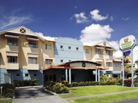 Cairns Queens Court Accommodation - Tourism Cairns