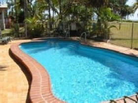 Kinka Palms Beach Front Apartments/Motel - Tourism Cairns