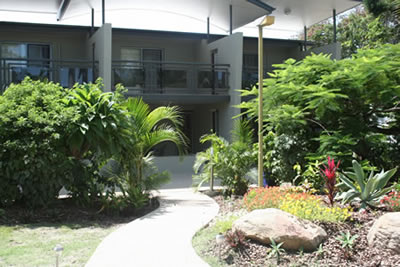Apartments  Toolooa Gardens Motel - Tourism Cairns