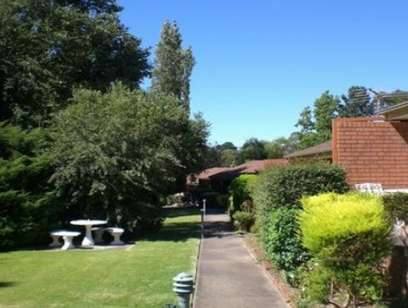 Boronia Holiday Lodge - Tourism Cairns