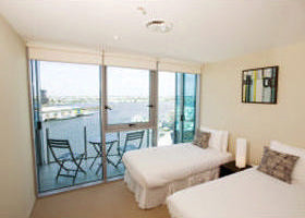 Docklands Apartments Grand Mercure - Tourism Cairns