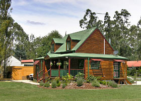 Mystic Mountains Holiday Cottages - Tourism Cairns