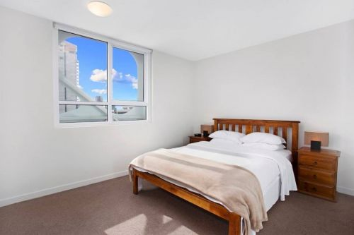 Astra Apartments - Melbourne Docklands - Tourism Cairns
