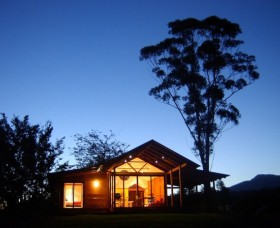 Promised Land Cottages - Tourism Cairns