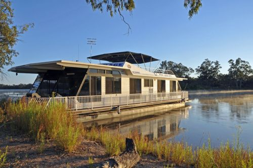 Houseboat Heaven - Tourism Cairns