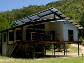 Creek Valley Rainforest Retreat - Tourism Cairns