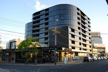 Bayside Towers Serviced Apartments - Tourism Cairns