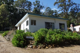 Classic Cottages S/C Accommodation - Tourism Cairns