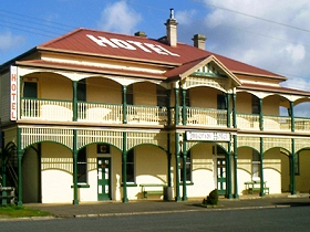 Imperial Hotel - Tourism Cairns