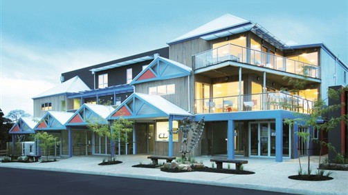 The Island Accommodation - Phillip Island YHA - Tourism Cairns