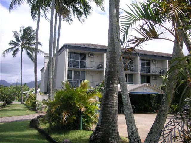 Cairns Holiday Lodge - Tourism Cairns