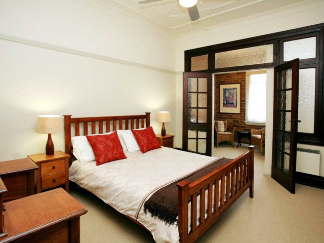 The Bank Guesthouse - Tourism Cairns