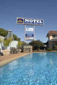 Caravilla Motel - Tourism Cairns