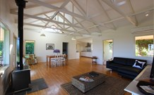 Yellow Dog Cottage - - Tourism Cairns