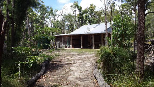 Byfield Cabins on Waterpark Creek - Tourism Cairns