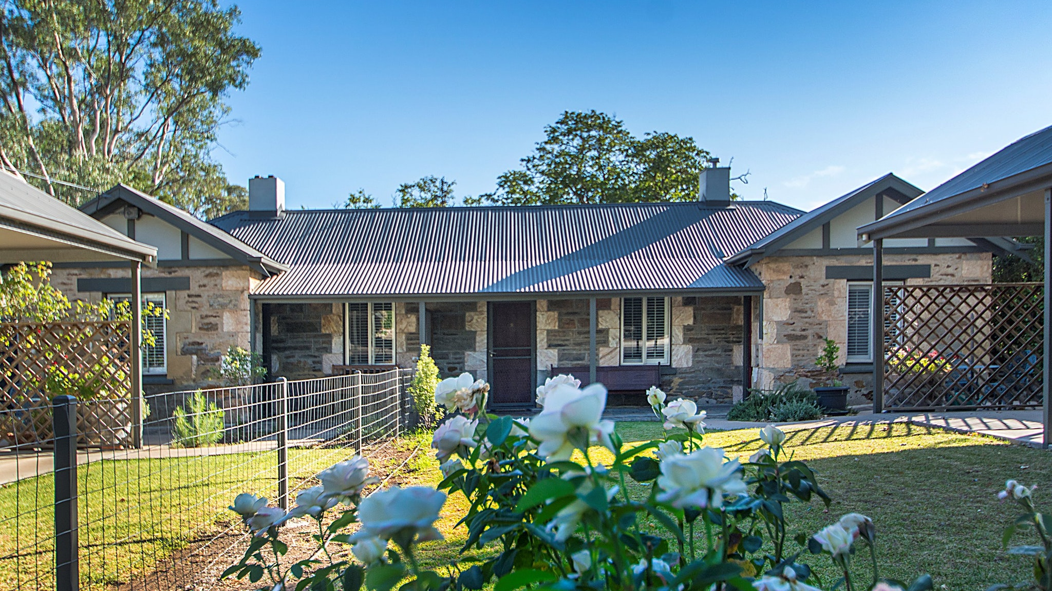 Stoneleigh Cottage Bed and Breakfast - Tourism Cairns