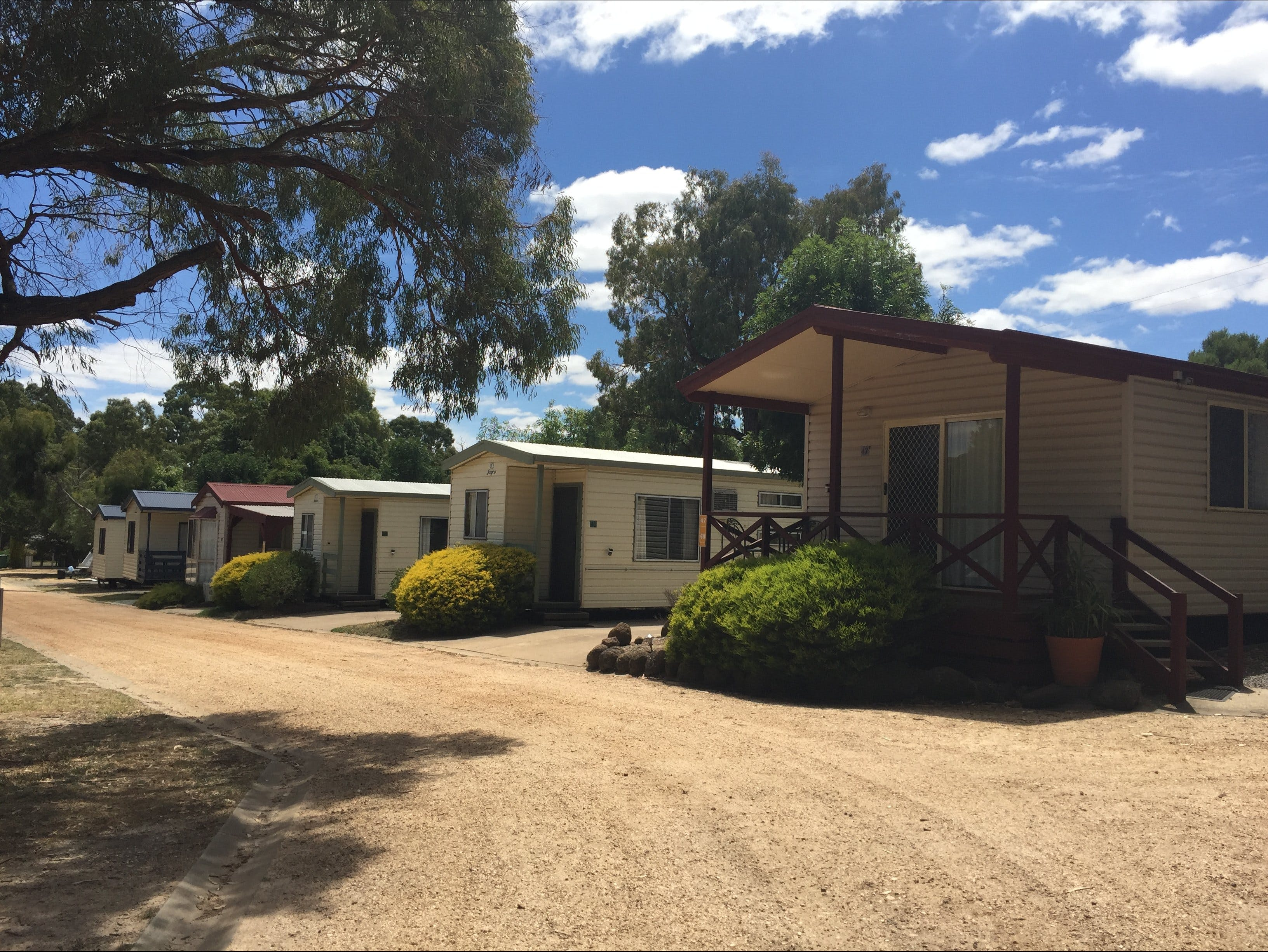 Acacia Caravan Park and Holiday Units - Tourism Cairns