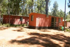 Dwellingup Chalets And Caravan Park - Tourism Cairns