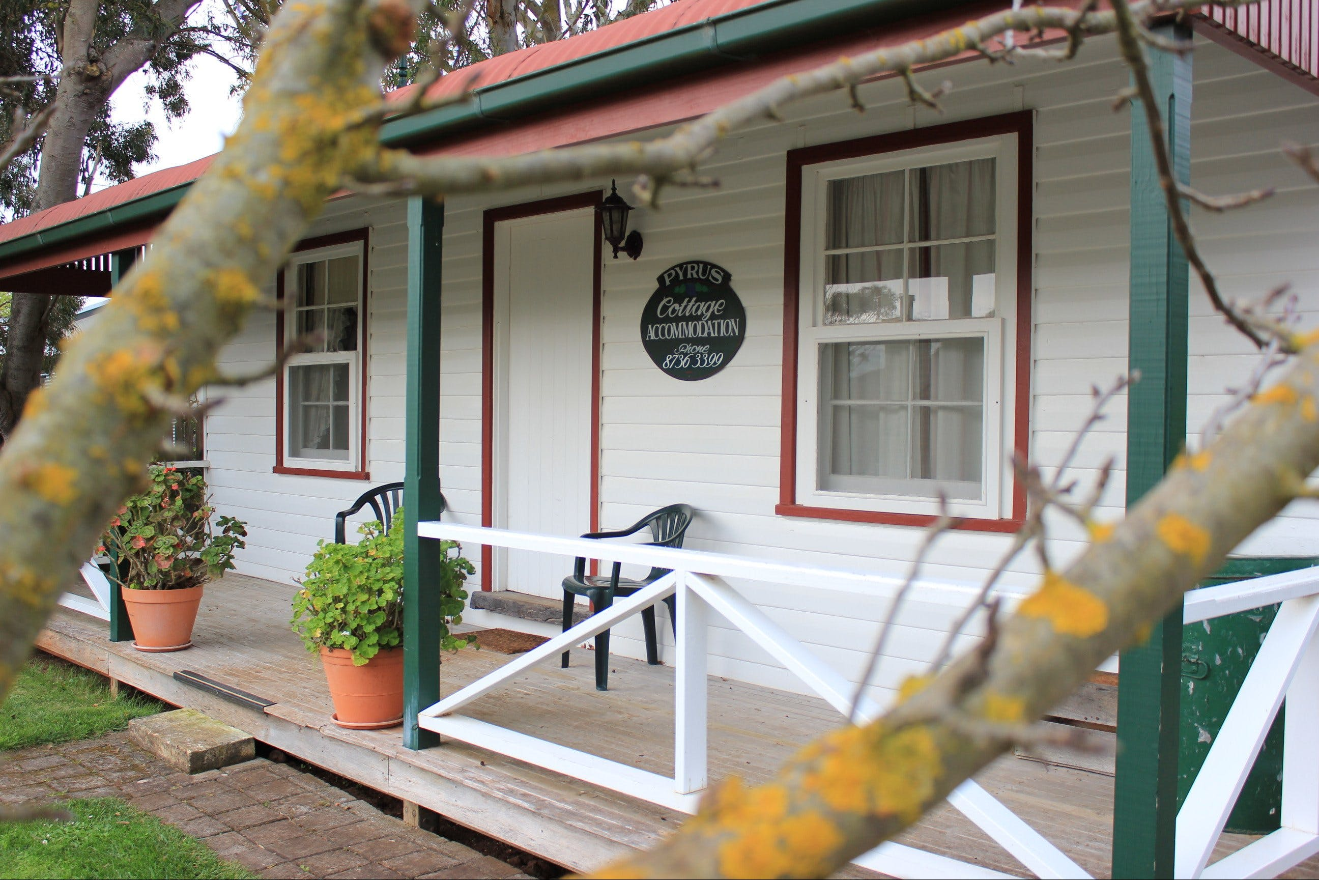Coonawarra's Pyrus Cottage - Tourism Cairns