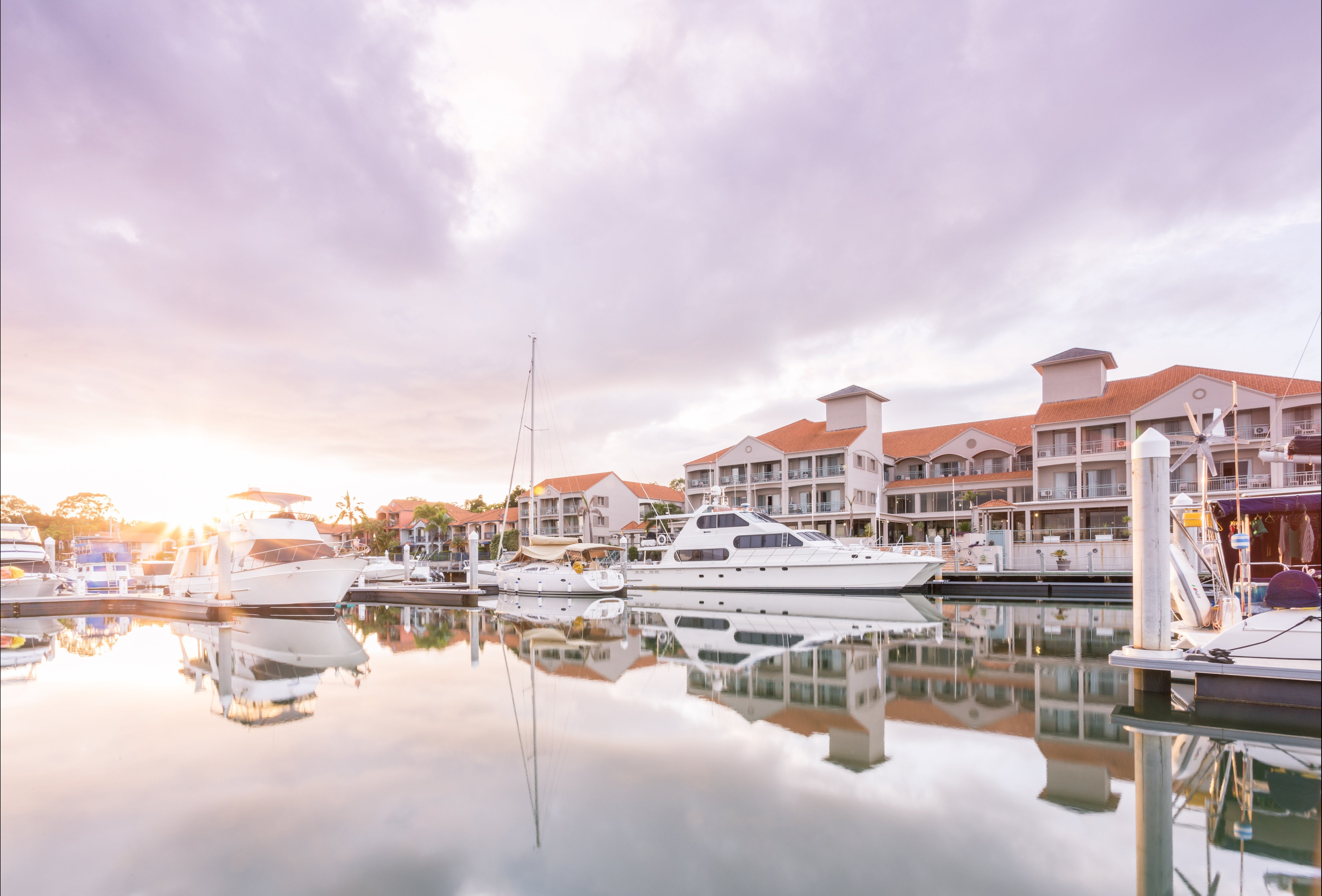 Ramada by Wyndham Hope Harbour - Tourism Cairns