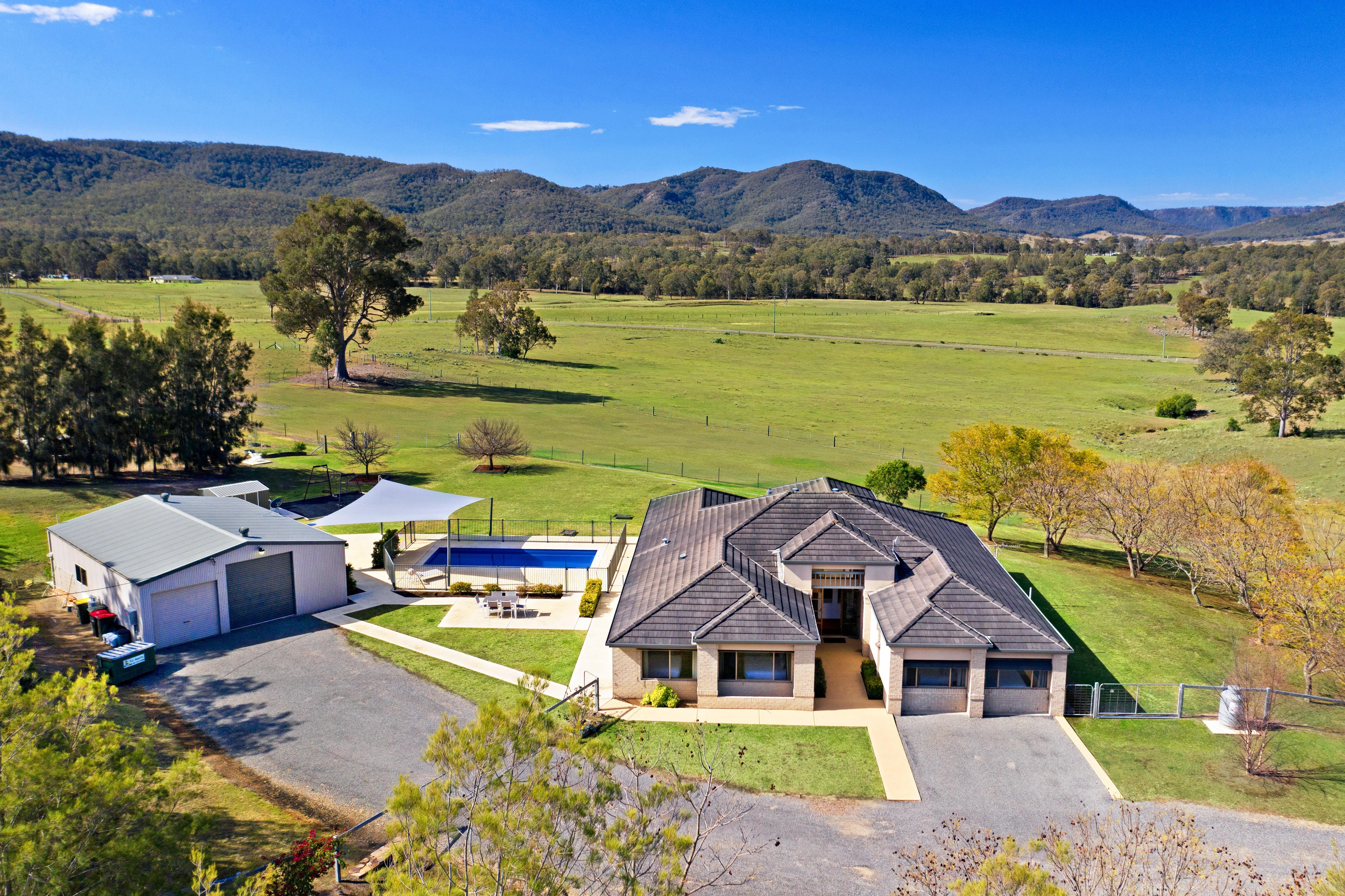 Hillbrook Estate - Tourism Cairns