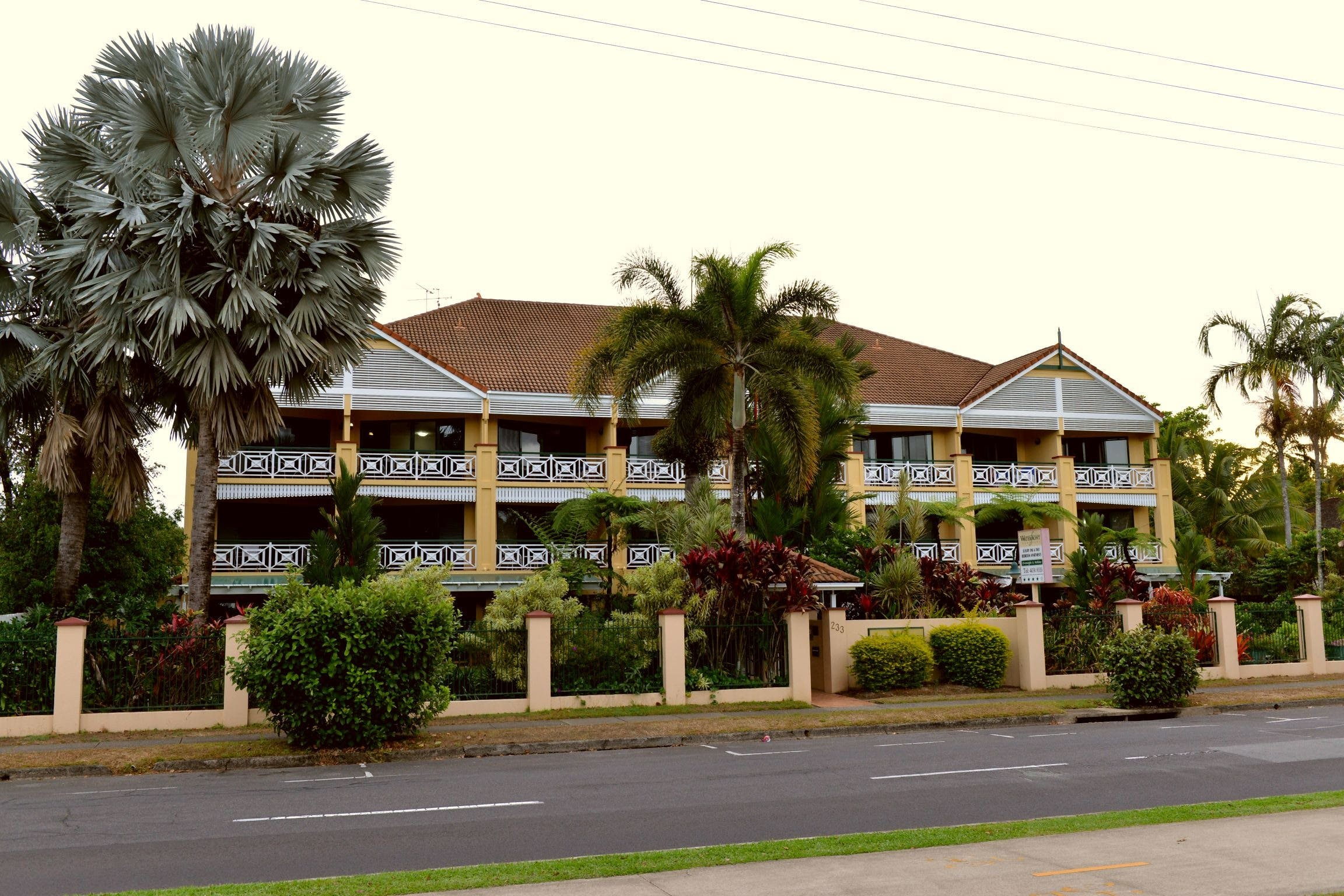 Waterfront Terraces - Tourism Cairns