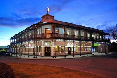 Grand Terminus Hotel - Tourism Cairns