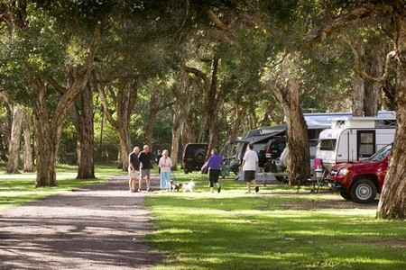 Beachfront Holiday Park - Tourism Cairns