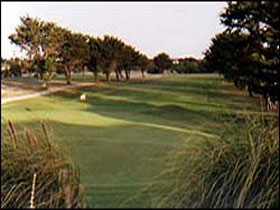 South Lakes Golf Club - Tourism Cairns