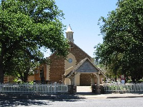 St George Church and Cemetery Tours - Tourism Cairns